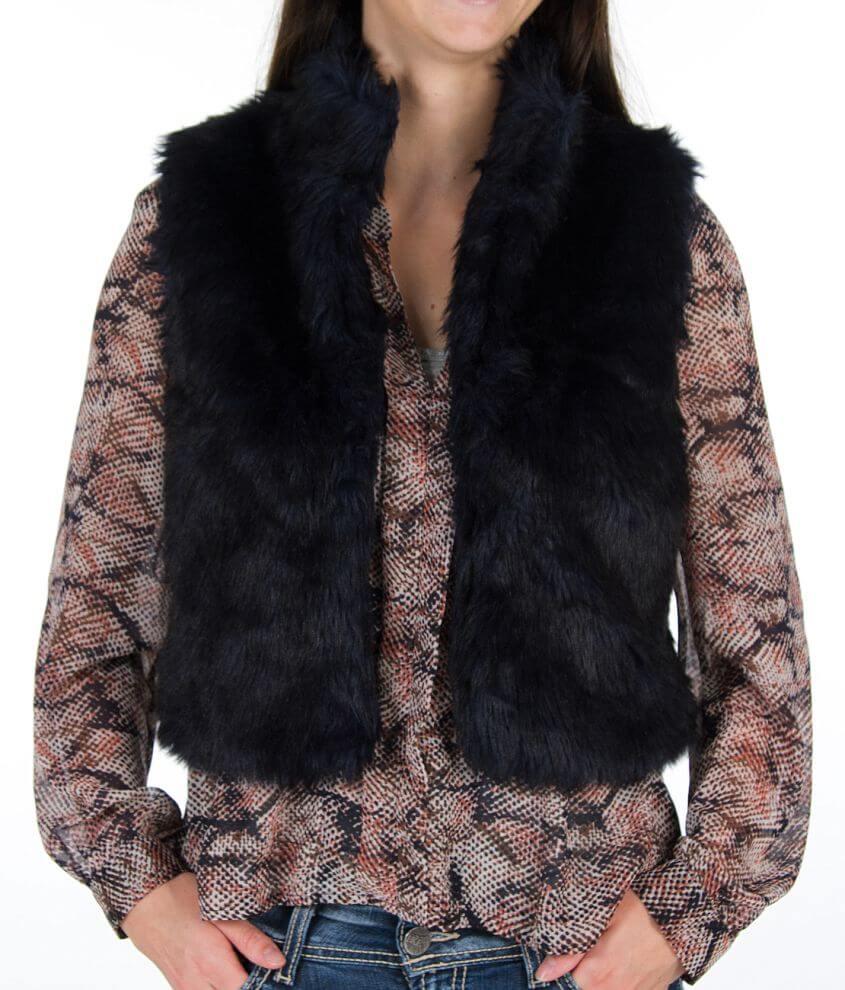 Daytrip Cropped Faux Fur Vest front view
