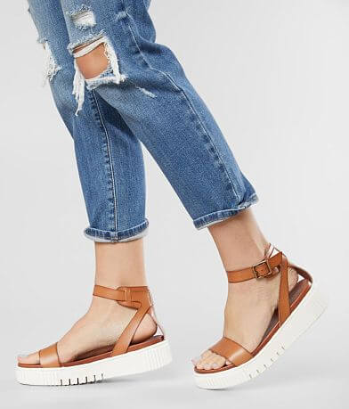 Mia Lunna Flatform Sandal