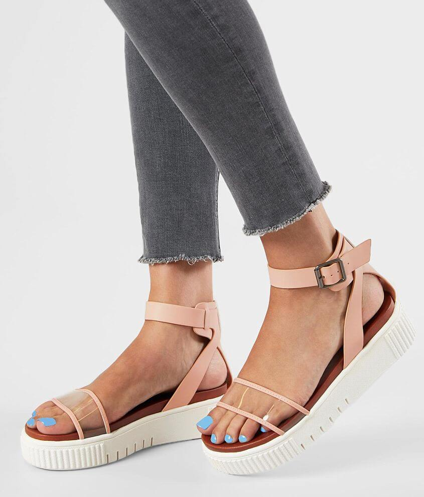 Faux leather sandal Adjustable ankle strap Cushioned footbed 2\\\
