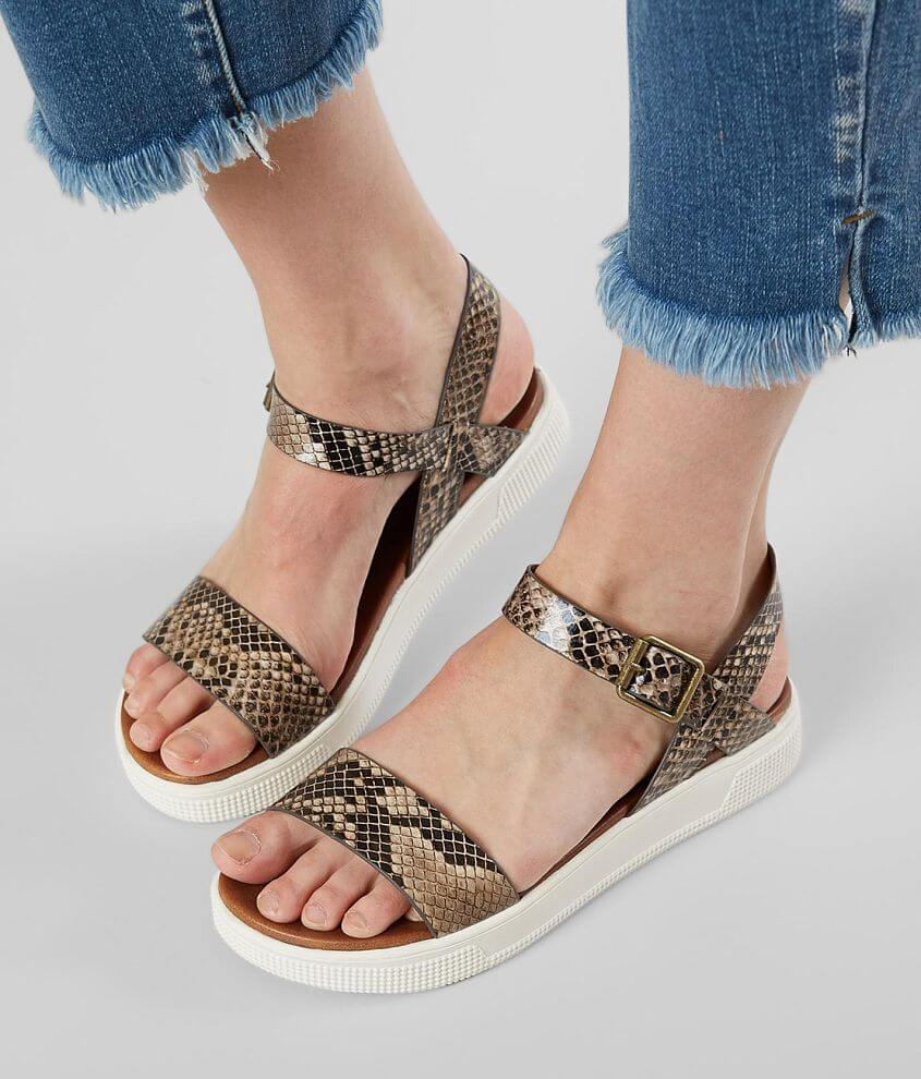 Faux snakeskin strappy sandal Cushioned footbed