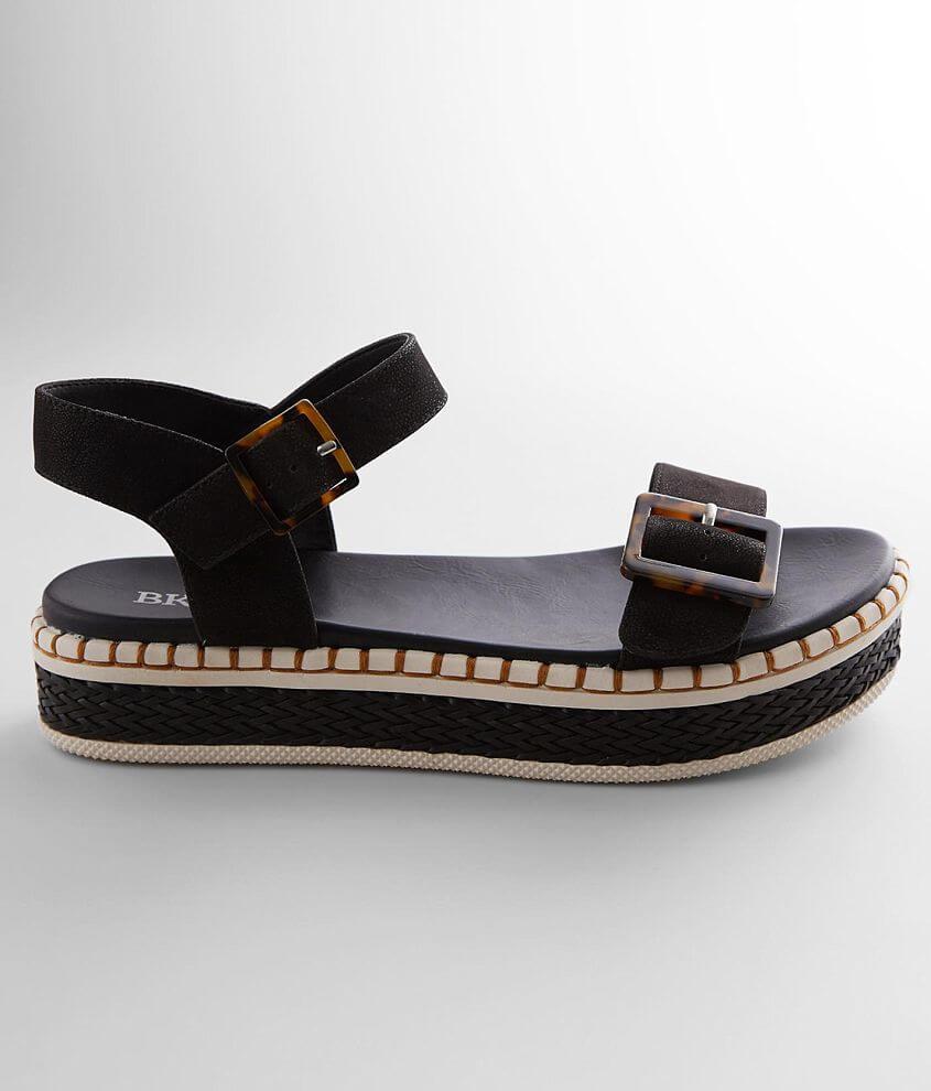BKE sole Avedel Flatform Sandal front view