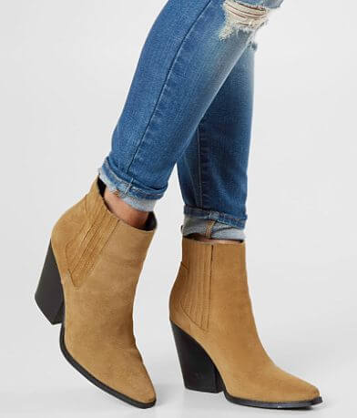 KENDALL + KYLIE Colt Leather Ankle Boot