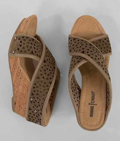 Minnetonka Lainey Wedge Sandal
