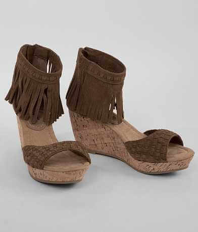 Minnetonka Isabel Wedge Sandal