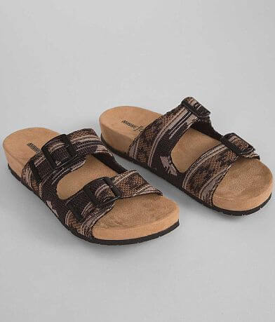 Minnetonka Festival Gypsy Footbed Sandal