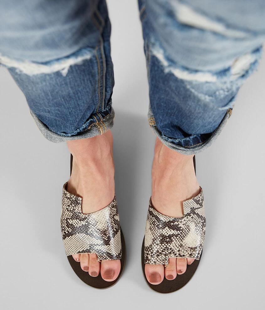 Mi.iM Addison Textured Sandal front view