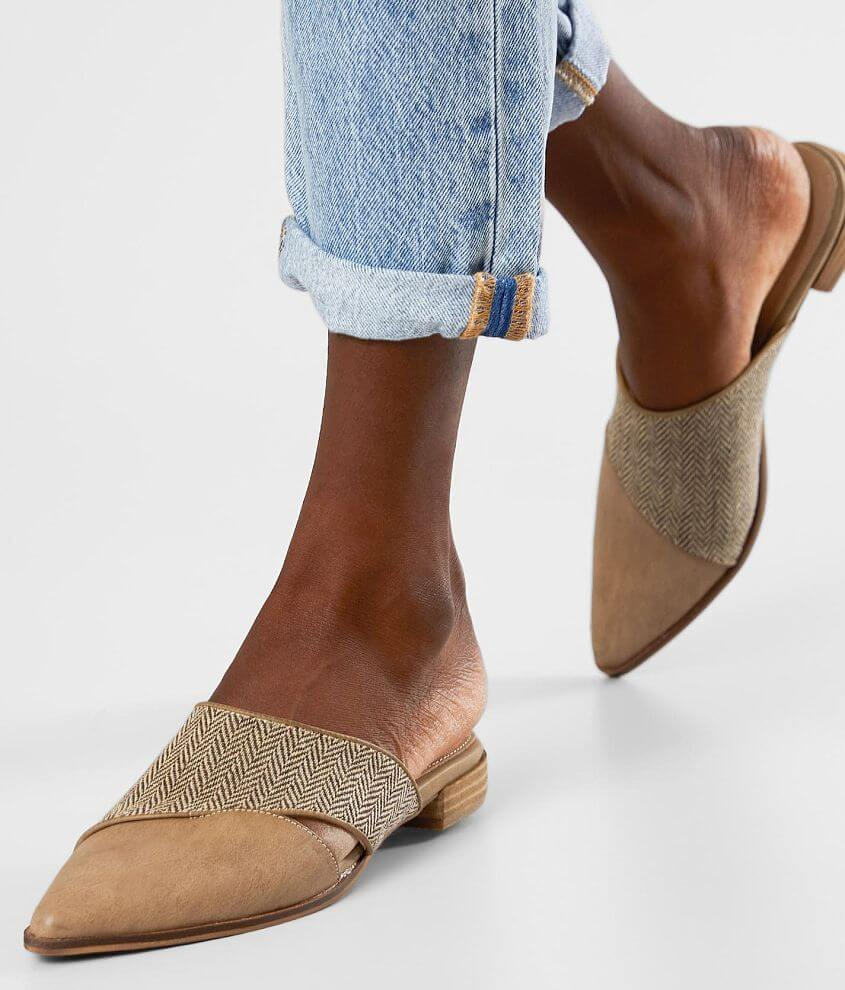 Faux leather and herringbone canvas slip-on shoe Cushioned leather footbed