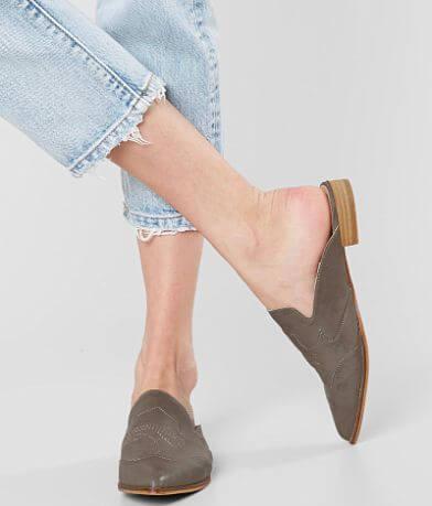 Mi.iM Kendrick Mule Shoe