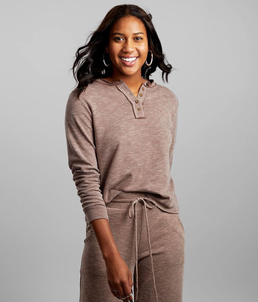 BKE Ribbed Henley Lounge Top front view