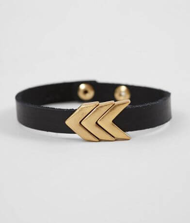 Most Wanted Arrow Bracelet