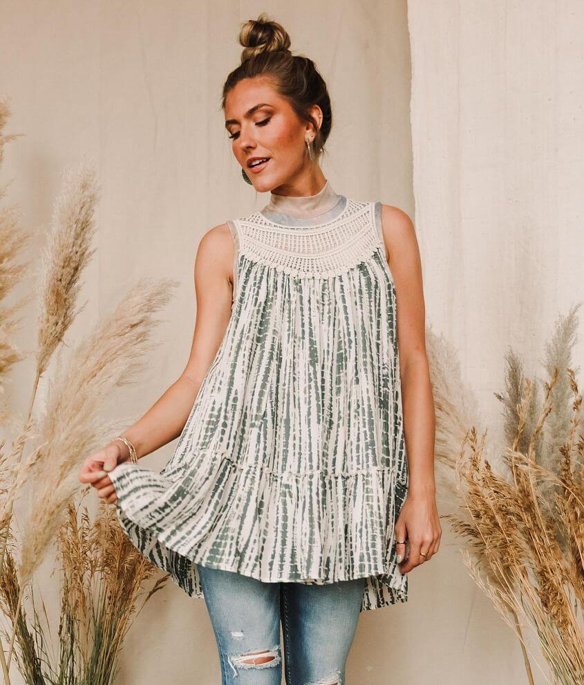 Gimmicks Tie Dye Woven Crinkle Tunic Tank Top front view