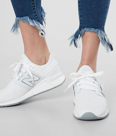 watch 5b794 9452c Women's New Balance Shoes & Sneakers | Buckle