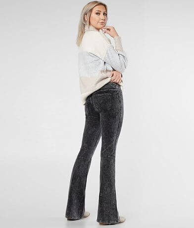 Newbury Kustom Mid-Rise Flare Stretch Pant