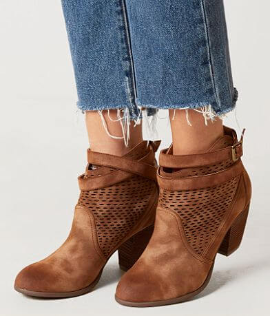 Not Rated Macy Ankle Boot