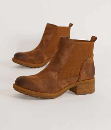 Not Rated Makati Ankle Boot