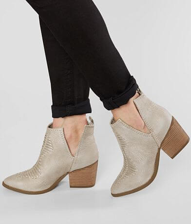 Not Rated Shollie Ankle Boot