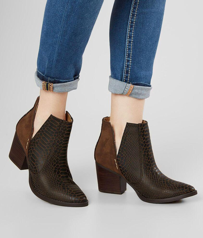 b434103f71 Not Rated Tarim Ankle Boot - Women's Shoes in Tan | Buckle