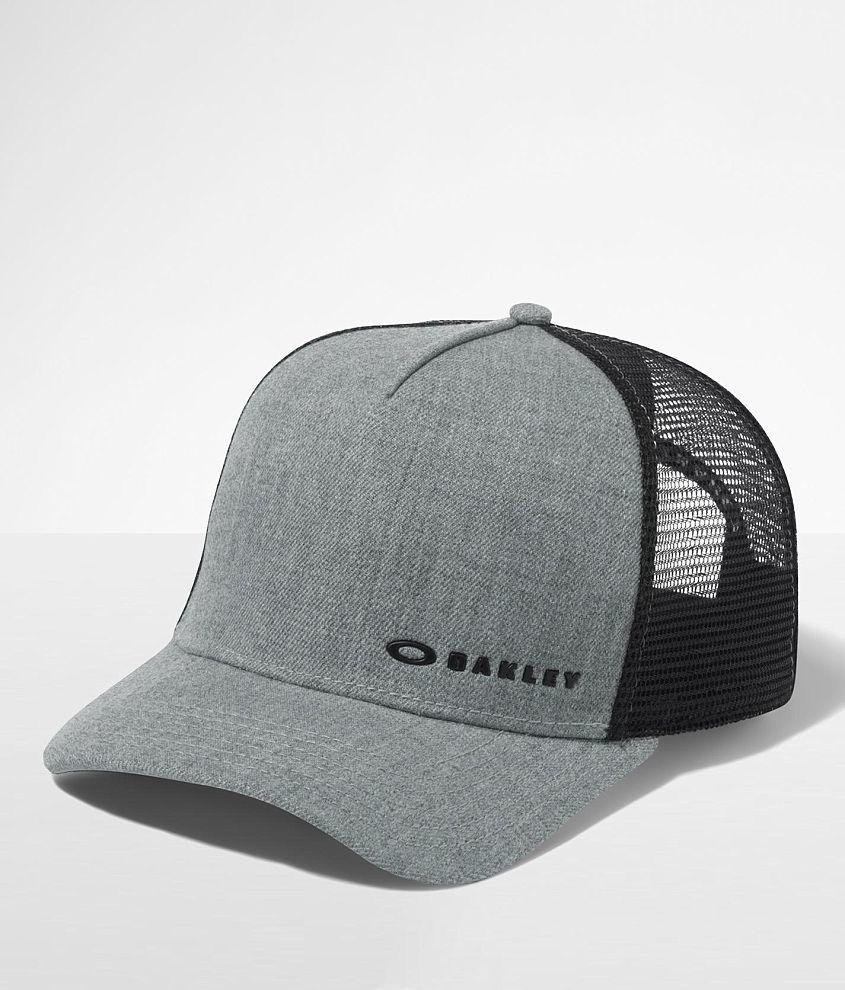 Oakley Chalten Trucker Hat front view