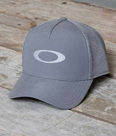 Oakley Gym To Street Trucker Hat