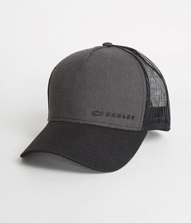 Oakley Chalten 2.0 Trucker Hat