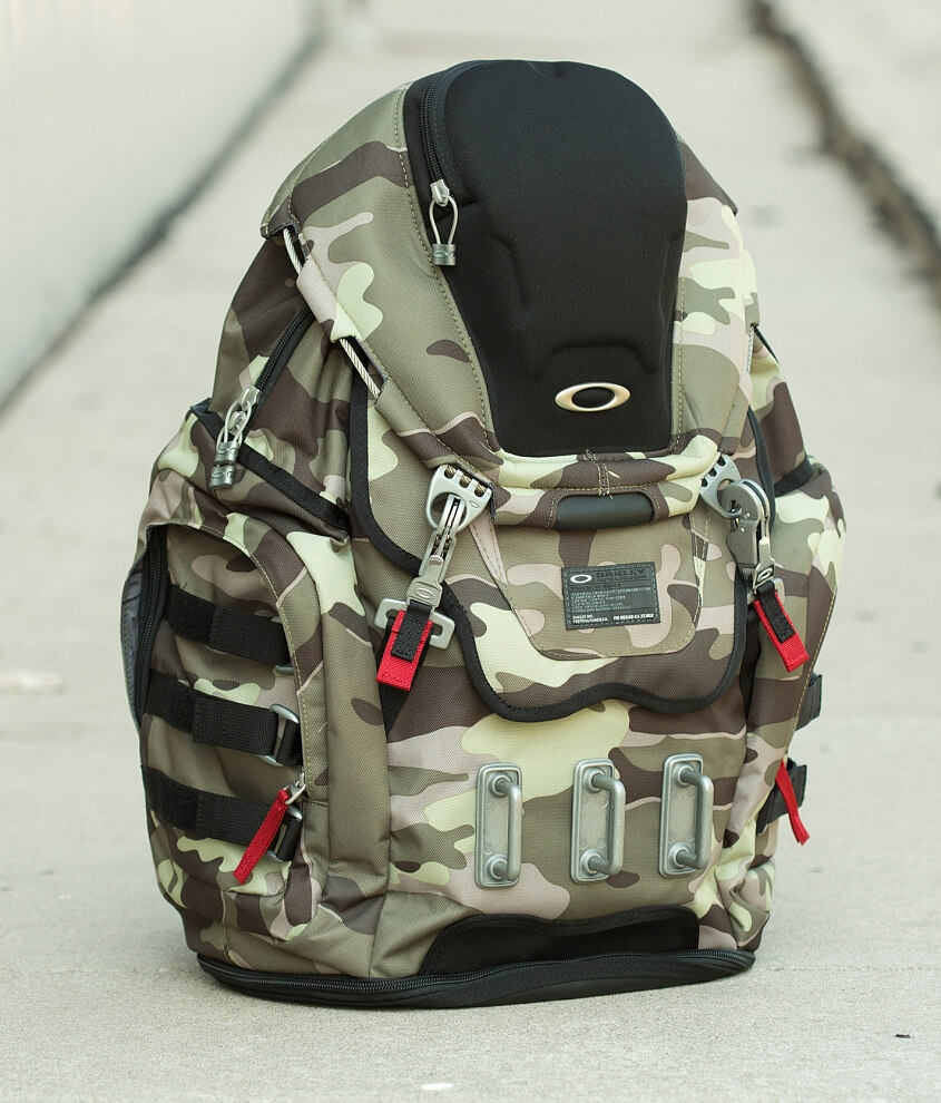 Oakley Kitchen Sink Backpack - Men\'s Bags in Herb | Buckle