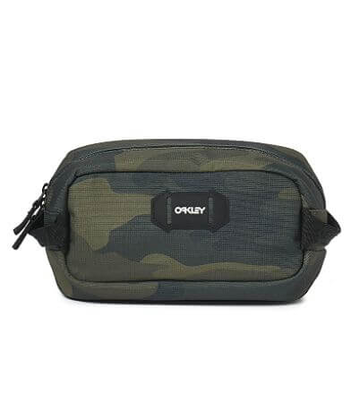 Oakley Street Travel Bag