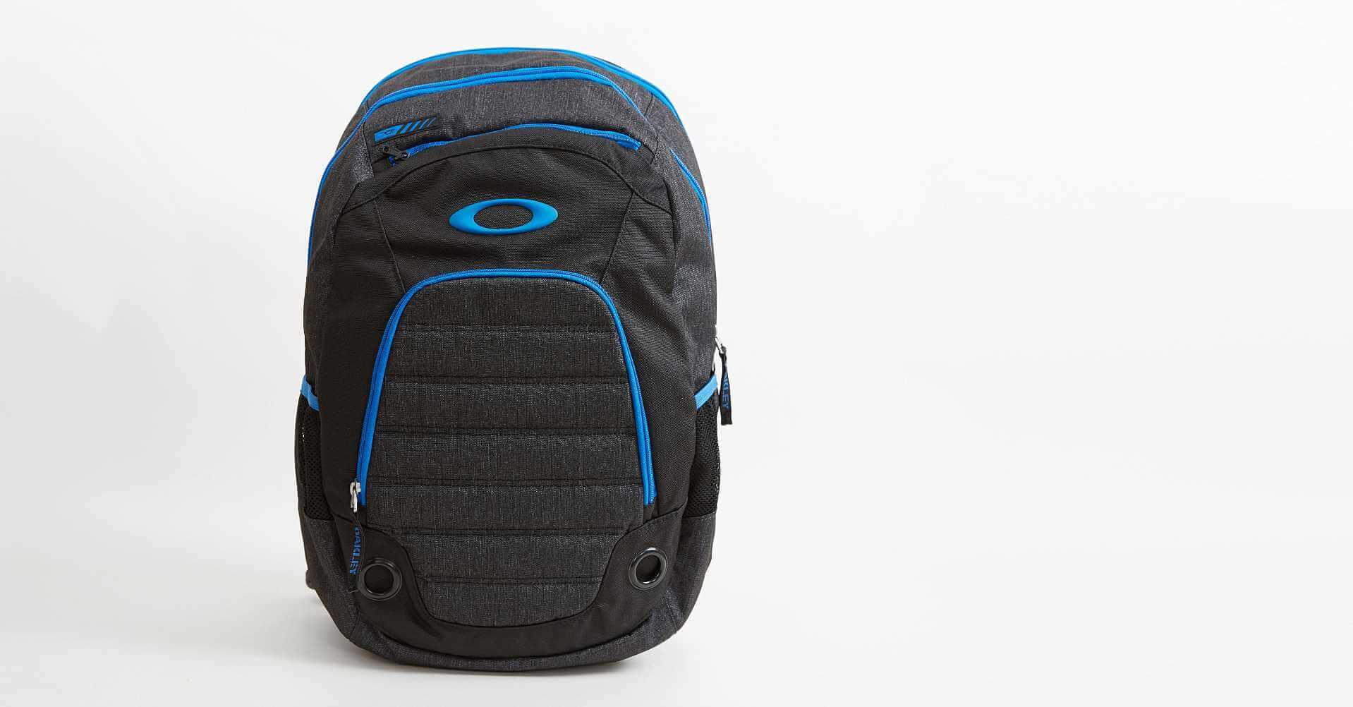 Oakley 5 Speed Backpack - Men\'s Bags in Blackout Dark Heather | Buckle
