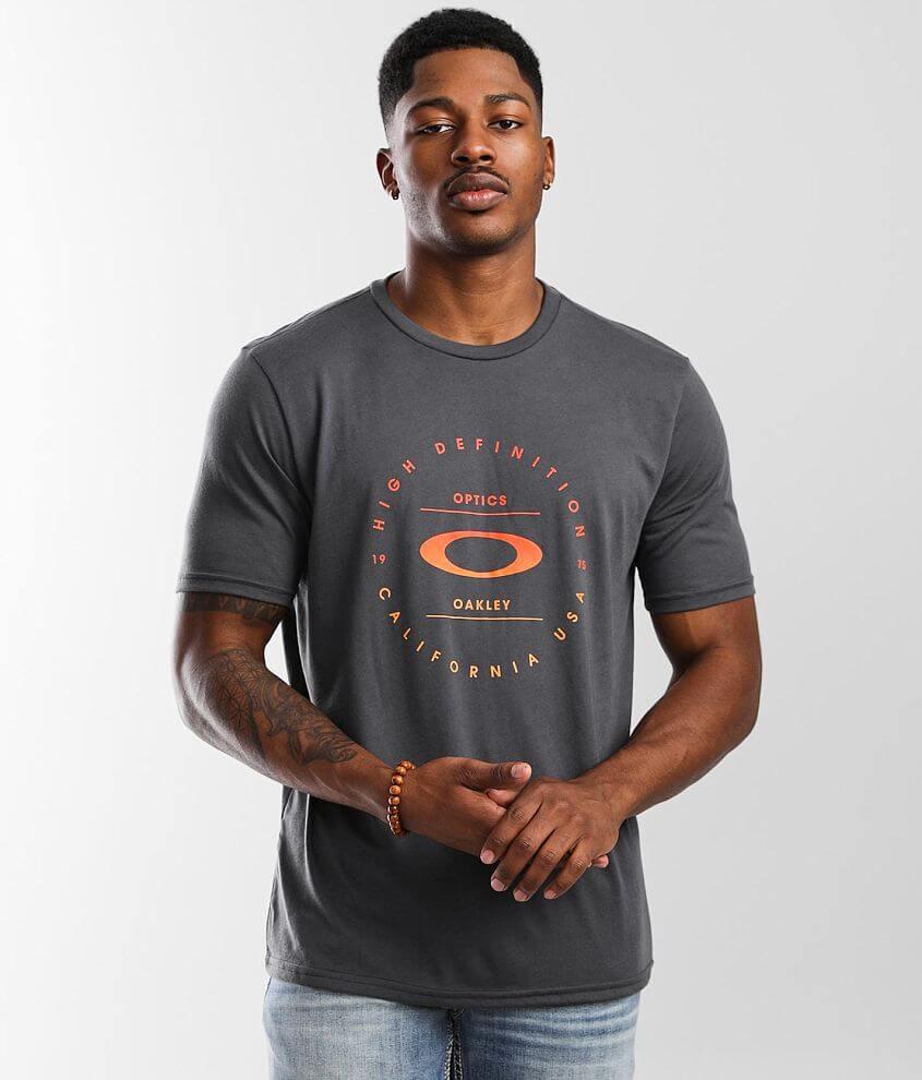 Oakley Circular O Hydrolix™ T-Shirt front view