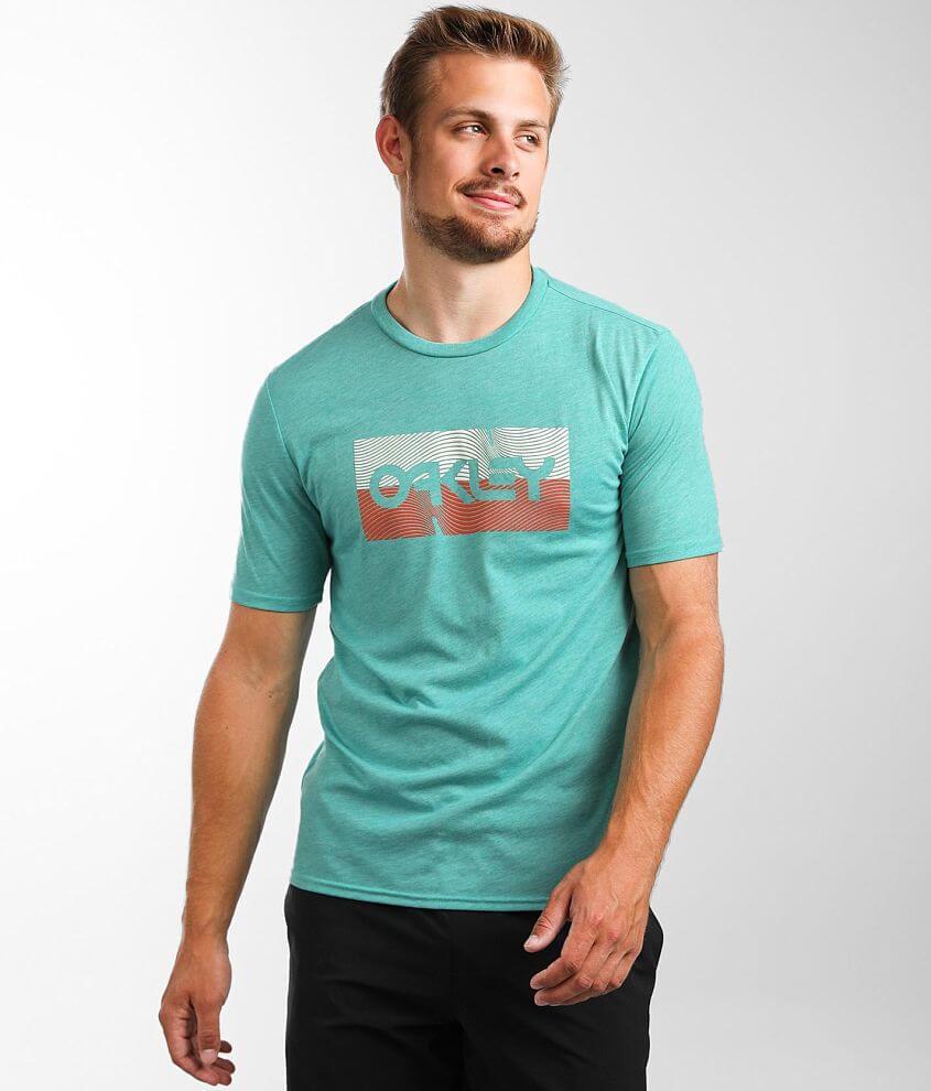 Oakley Linear Wave O Hydrolix™ T-Shirt front view