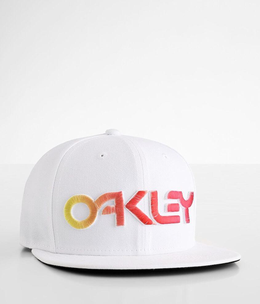 Oakley Gradient Hat front view