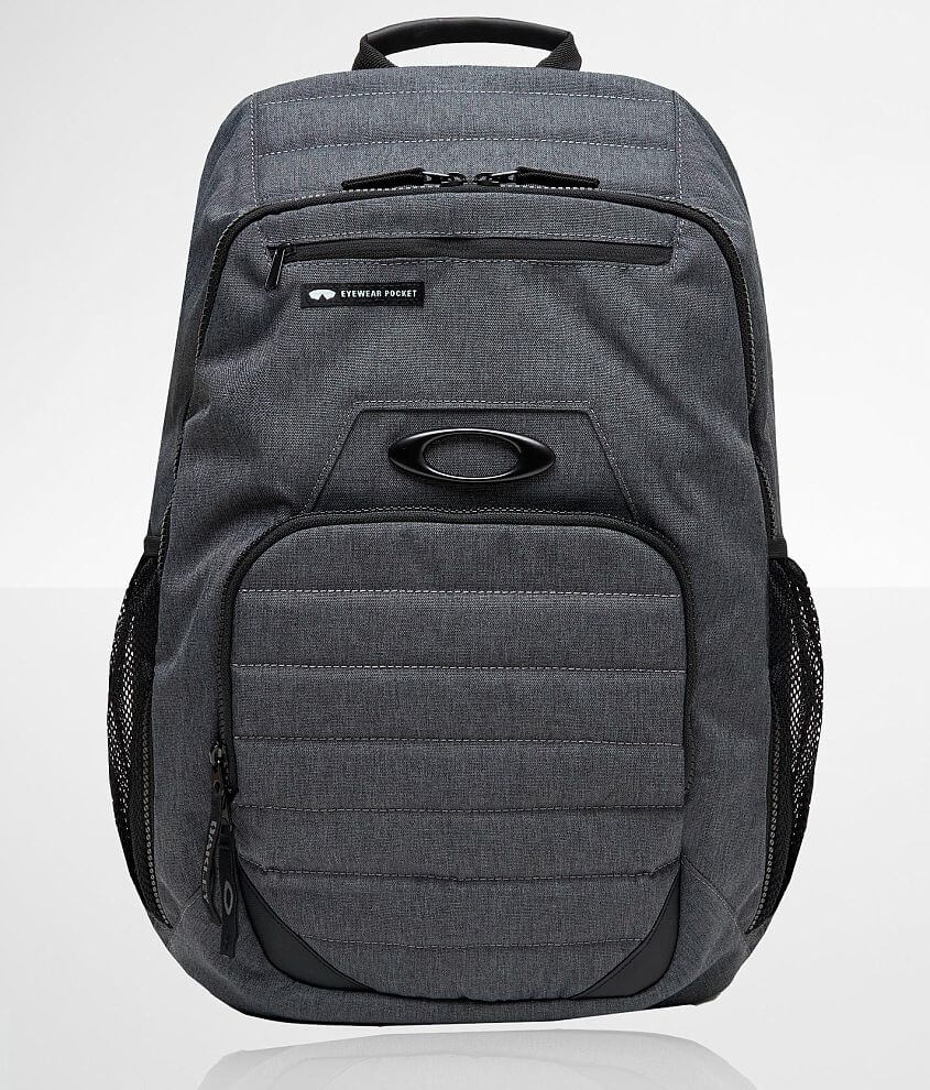 Oakley Enduro 25L 3.0 Backpack front view