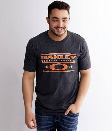 Oakley Stacked Logo T-Shirt