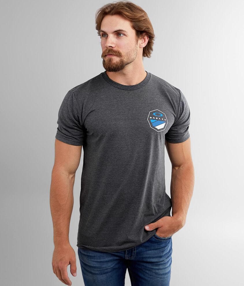 Oakley 8 Logo O Hydrolix™ T-Shirt front view