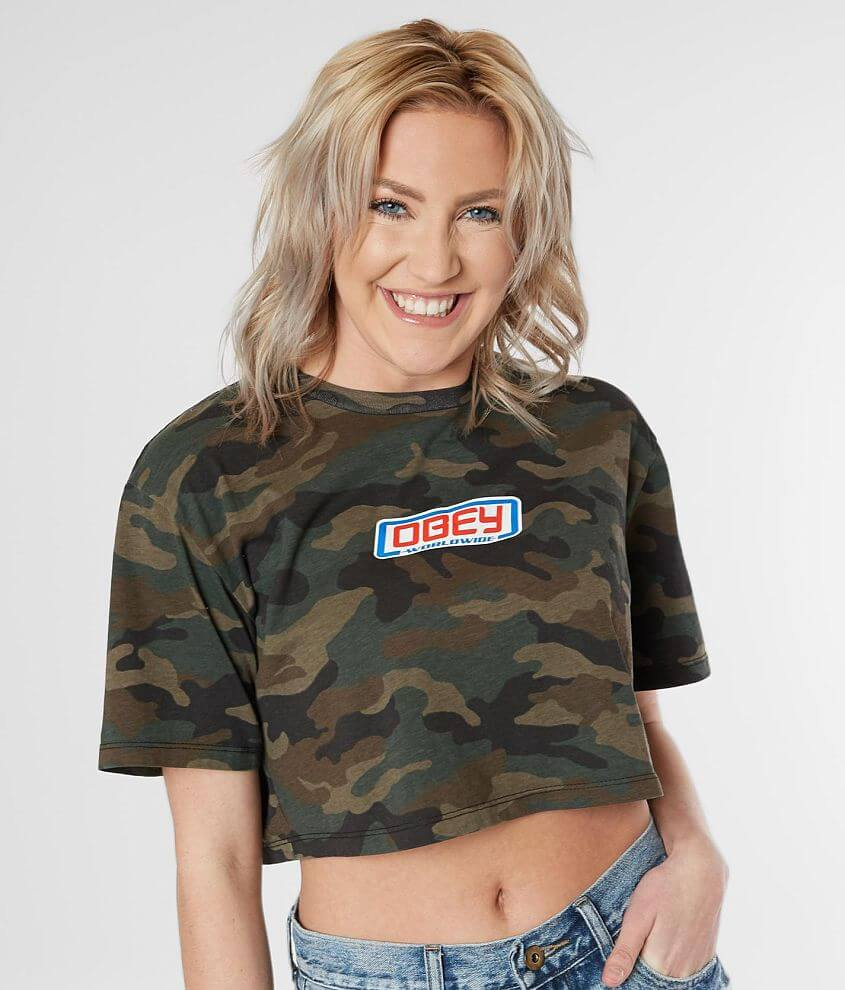 Camo printed graphic crew neck t-shirt Bust measures 39\\\