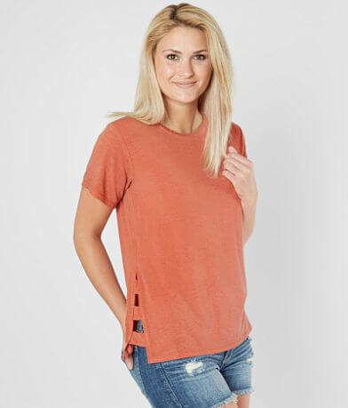 BKE Cut-Out T-Shirt