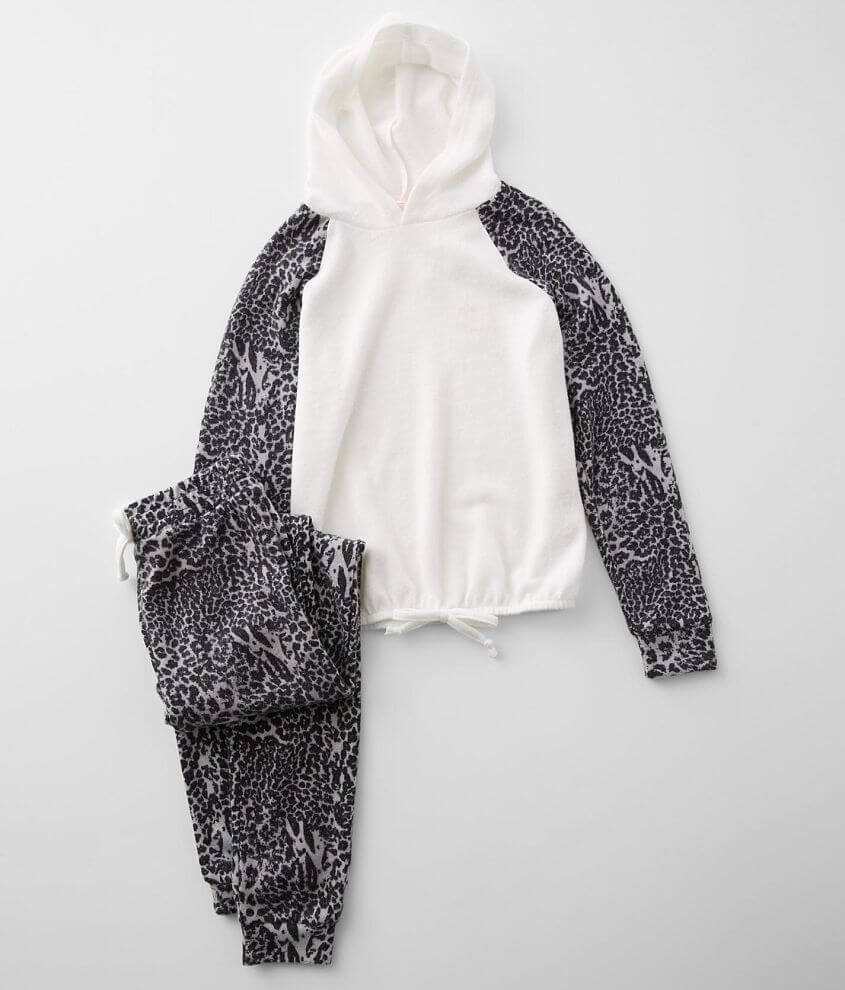 Girls - Poof Animal Print 2 Piece Cozy Lounge Set front view