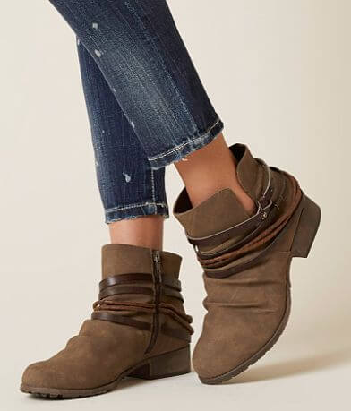 BKE sole Casey Ankle Boot