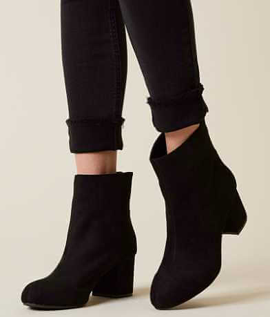 Solely Black by BKE Cybil Ankle Boot