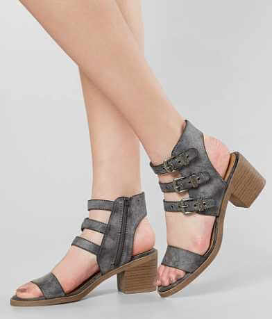 Solely Black by BKE Pixie Sandal