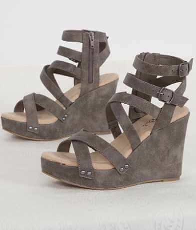 BKE sole Strappy Sandal