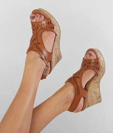 BKE sole Vachetta Cut-Out Wedge Sandal