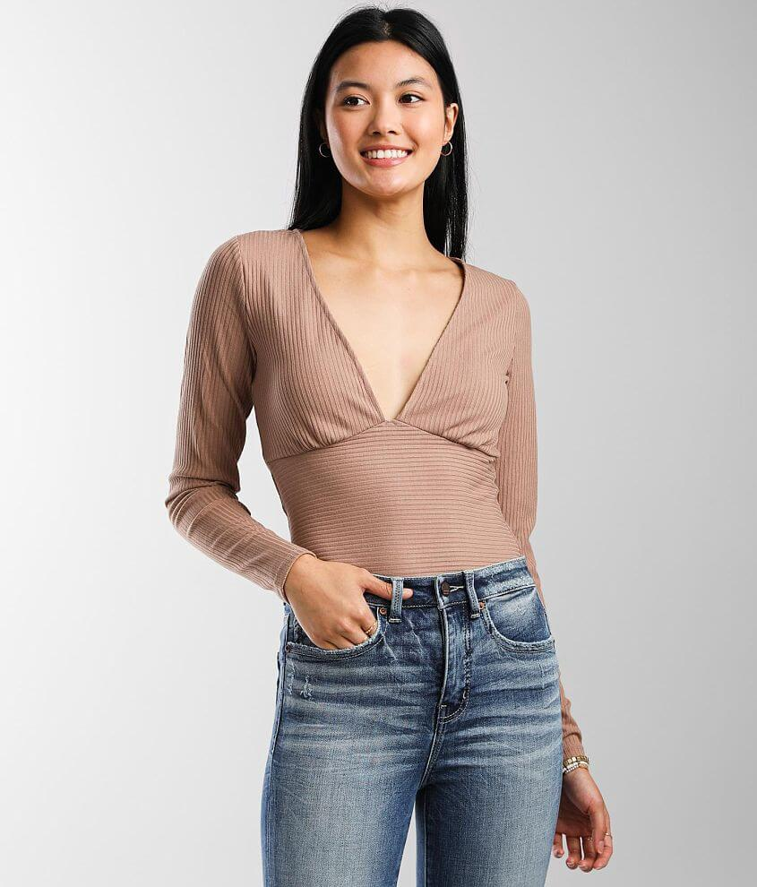 red by BKE Ribbed Empire Top front view