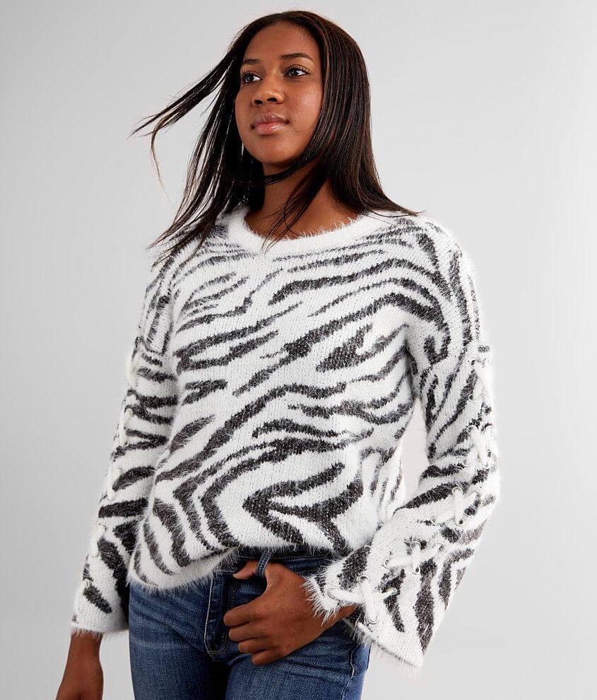 Daytrip Eyelash Knit Sweater front view