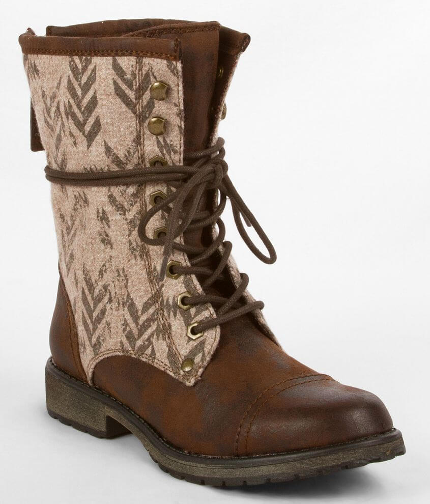 Roxy Concord Boot front view