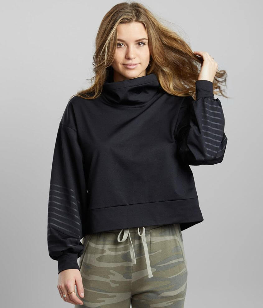 BKE core Sheen Active Pullover front view