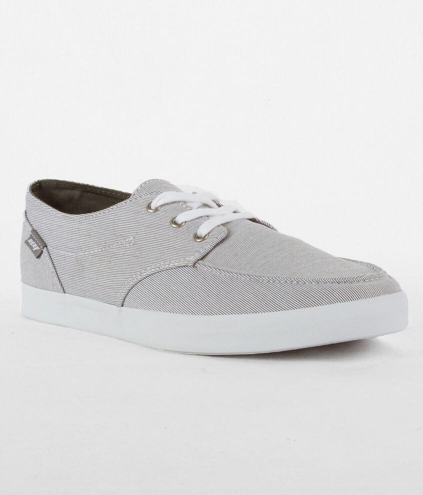 af59ce043d20 Reef Deck Hand 2 Shoe - Men s Shoes in Navy Stripe