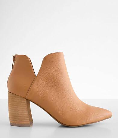DV by Dolce Vita Ryden Ankle Boot