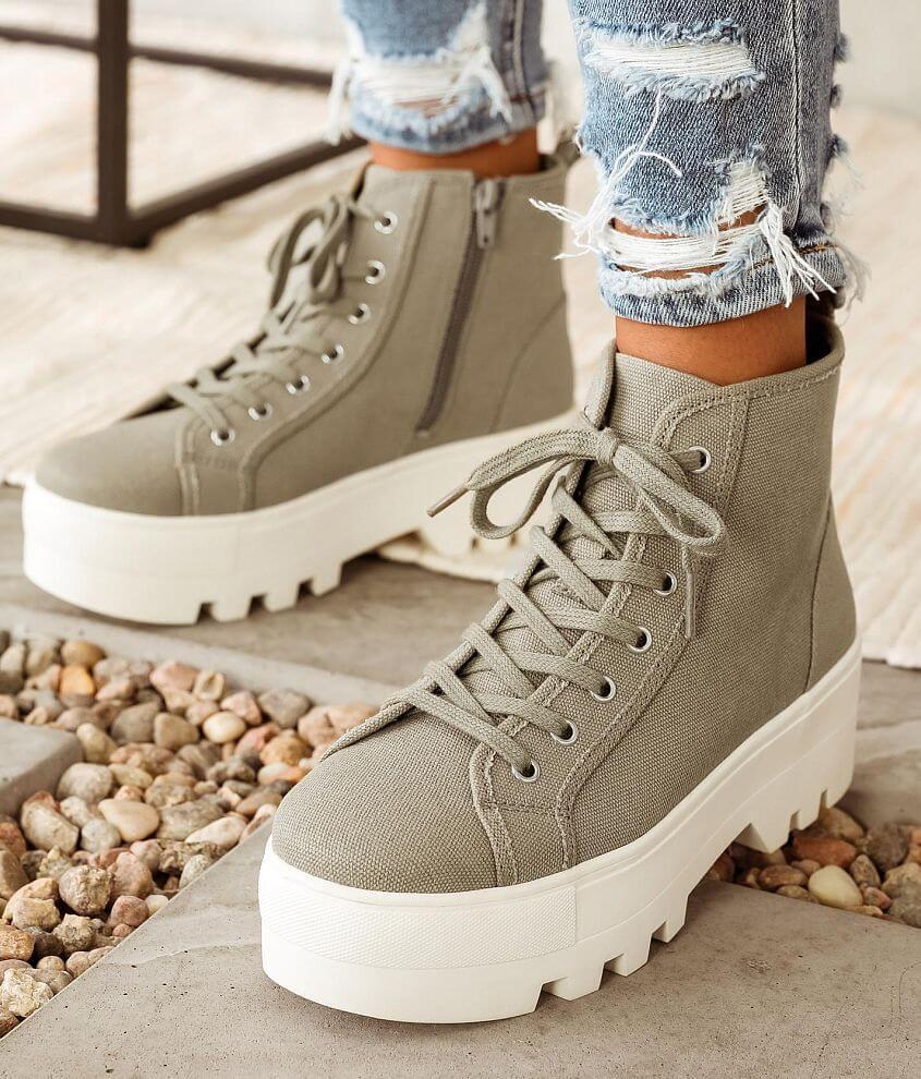 DV by Dolce Vita Ziggy Flatform Sneaker front view