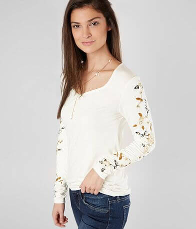 BKE Boutique Floral Embroidered Top