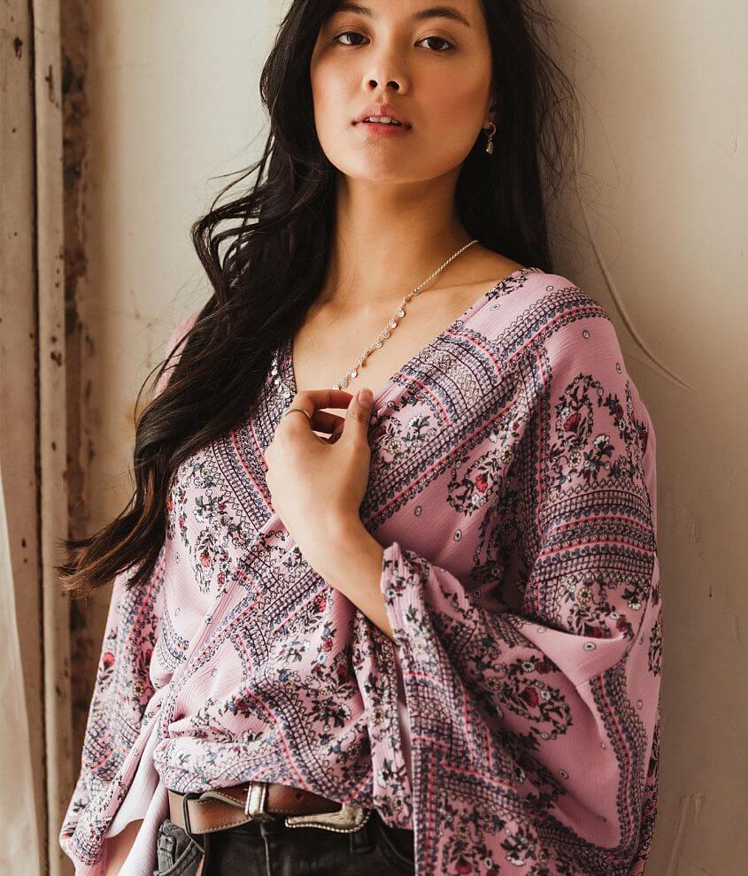 Gimmicks Handkerchief Hem Floral Kimono front view